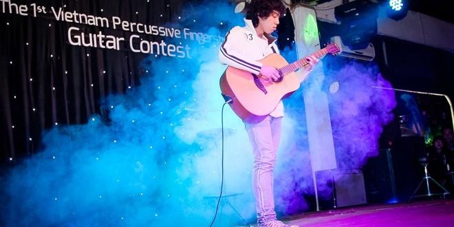 16 tuổi đạt giải nhất cuộc thi guitar toàn quốc
